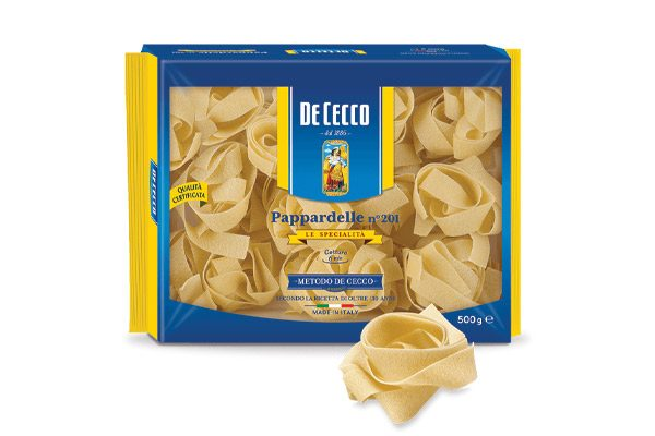 Retail bag of De Cecco Pappardelle pasta